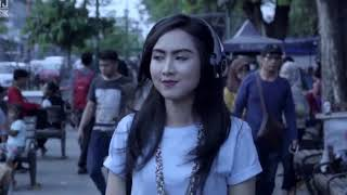[4.64 MB] Binsar Bayou- Bersamamu (Official Music Video) HD