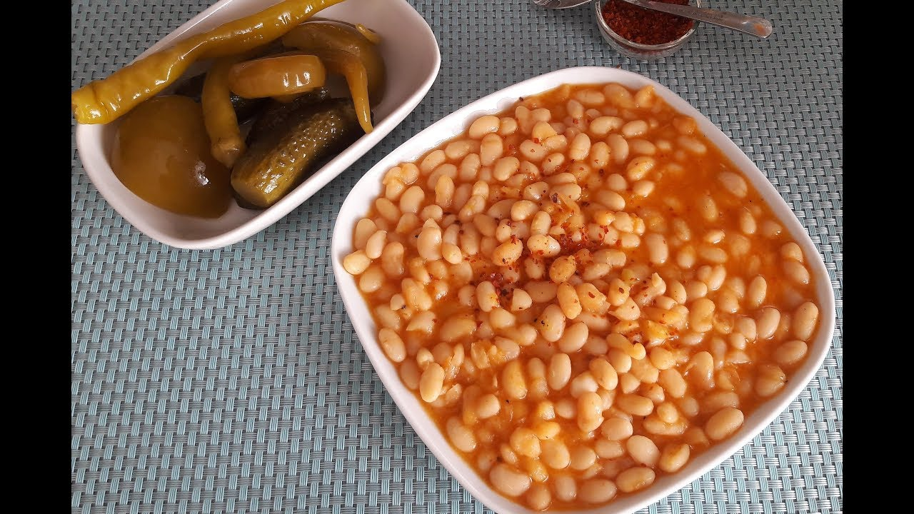 Рецепт  Фасоль по-турецки (Куру фасулье) / Как приготовить фасоль / Турецкая кухня