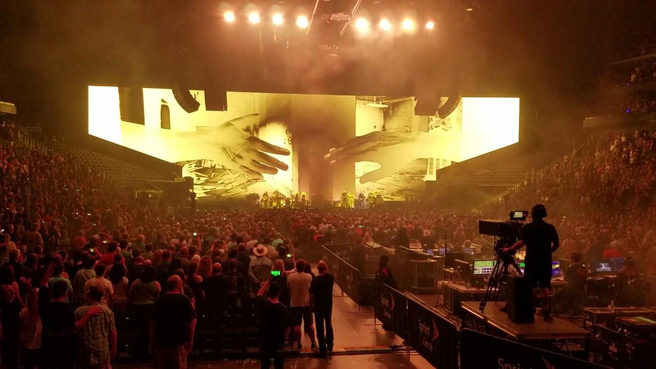 Roger Waters Kansas City Tour