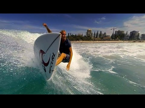 Surfing Australia - Snapper Rocks, Gold Coast Queensland