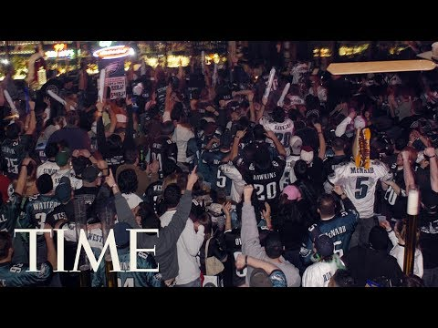 Eagles Fans Are Going Nuts On The Streets Of Philadelphia After Super Bowl Win | TIME