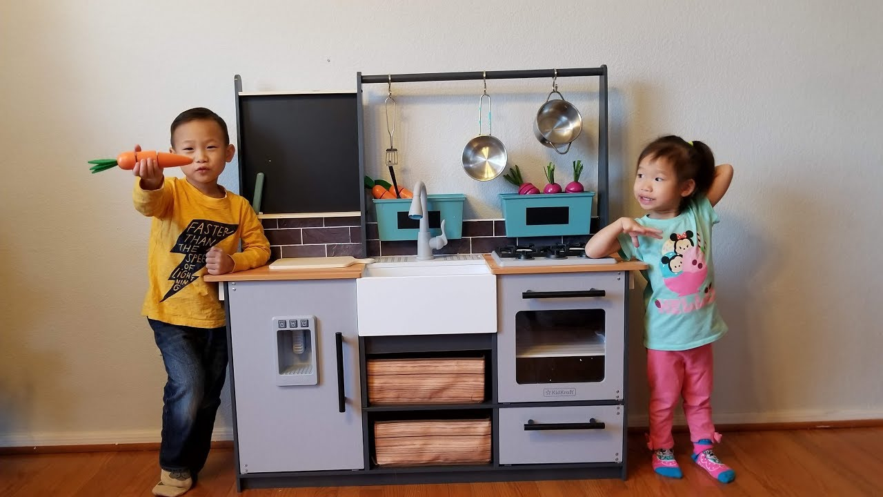 Kidkraft Farm to Table Kitchen Pretend Play Cooking Unboxing