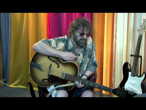 Chas Hodges in part one of his interview with Simon Baldock