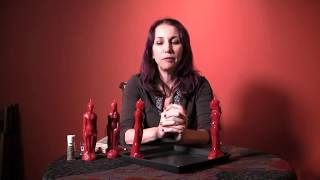 "A ""Come to Me"" Moving Candle Spell to Bring Your True Love to You - Hoodoo How To with Madame Pamita"