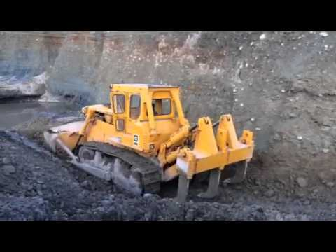 Cat D9 Dozer On Gold Mine