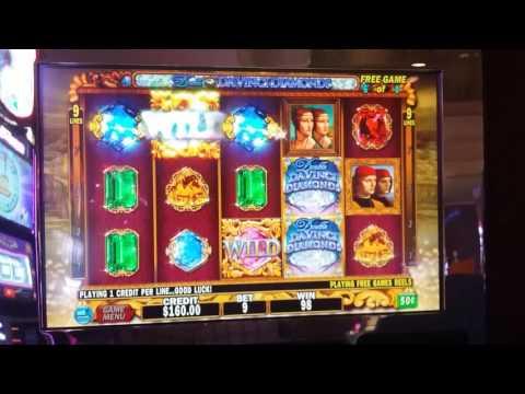 Double Da Vinci Diamonds slot machine bonus