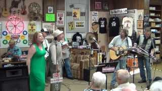 "Makky Kaylor w/ Carol Ann Turney: ""I Can't Stop Loving You"" on the ""Viva! NashVegas® Radio Show"""