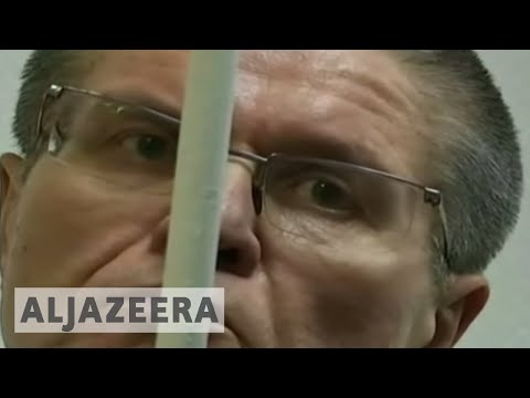 Russia Jails former minister for eight years