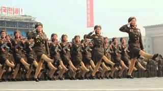 Северокорейский парад в замедленном ритме