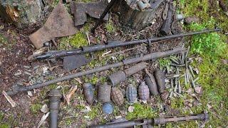 Оружие и интересные находки как новые под мхом в Карелии