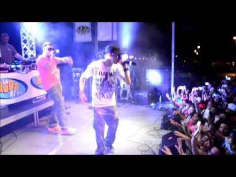 MegaCalienteFest2013 Baby Rasta y Gringo performance w/ J Charlie Interview
