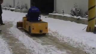 OS CAR E-VEHICLE SNOW REMOVAL