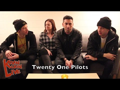 Interview: Twenty One Pilots With Kevin Klein Live