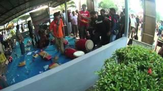 Video Kacau! Wkwk Kuda Lumpingnya Malah Ngamuk Ke Pemain Gendang (VIDEO KUDA LUMPING/JATILAN TERBARU) download MP3, 3GP, MP4, WEBM, AVI, FLV Juni 2018