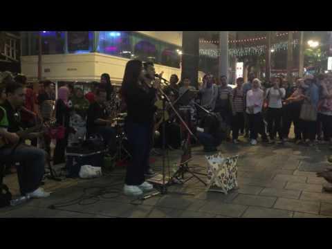 Achai Feat Farah Retmelo Buskers -- Nasya Ye Pyar Ka Nasya Hey (22)