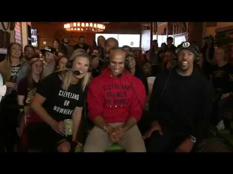 Richard Jefferson, Channing Frye and Allie for a special live edition of the Road Trippin
