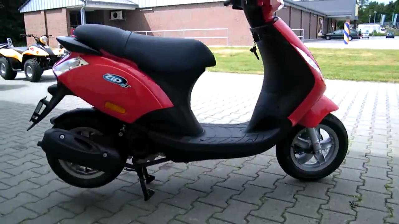 piaggio zip 50 2010 roller scooter rot youtube. Black Bedroom Furniture Sets. Home Design Ideas