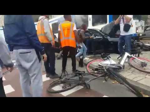 Tram ontspoord in Amsterdam Zuid: meerdere gewonden