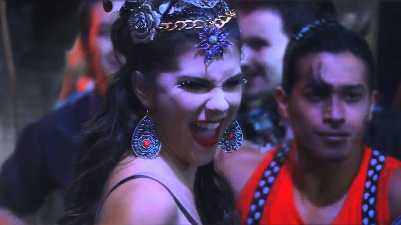 release date sleek catch Chica Vampiro - Voy A Comerte Entero