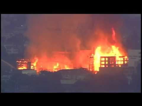 Crews Battle Massive, 4-Alarm Fire at Oakland Construction Site