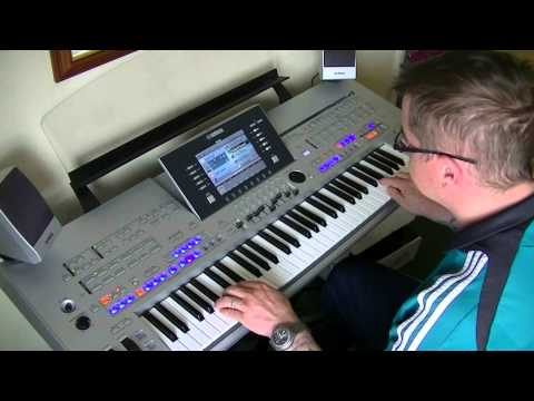 Lionel Richie - Hello - Yamaha Tyros 4 - cover