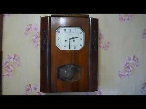 Часы настенные с боем Янтарь  СССР