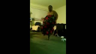 BIG GIRL  DANCES TO YG YOU BROKE