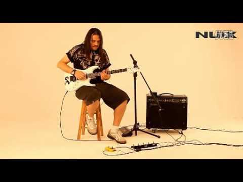 NUX LOOP CORE Guitar Effect Pedal 40 built-in drum patterns 99 user memories Demo