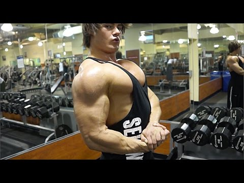 Bulked Up: Jeff Seid Full Day Bulking Meal Schedule and Chest Workout