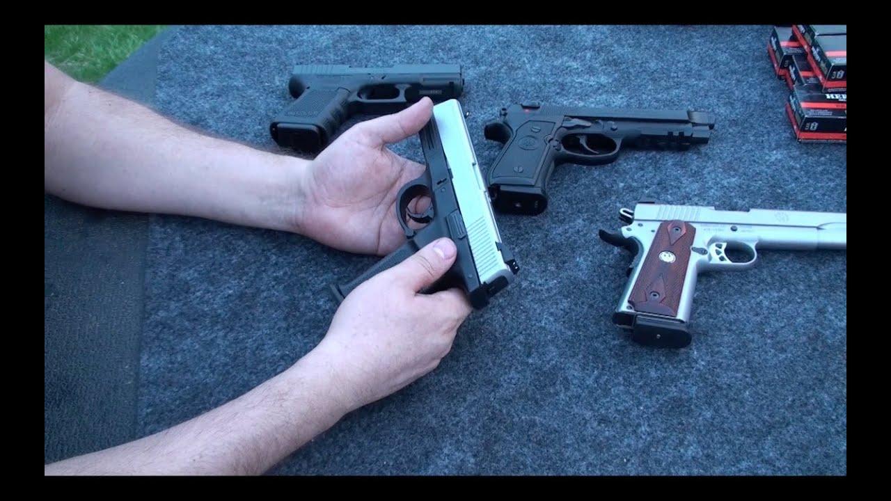 Como funciona una pistola armas de fuego en espa ol youtube for Muebles para guardar armas de fuego