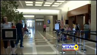 Spanking disagreement unfolds in chaos during school registration