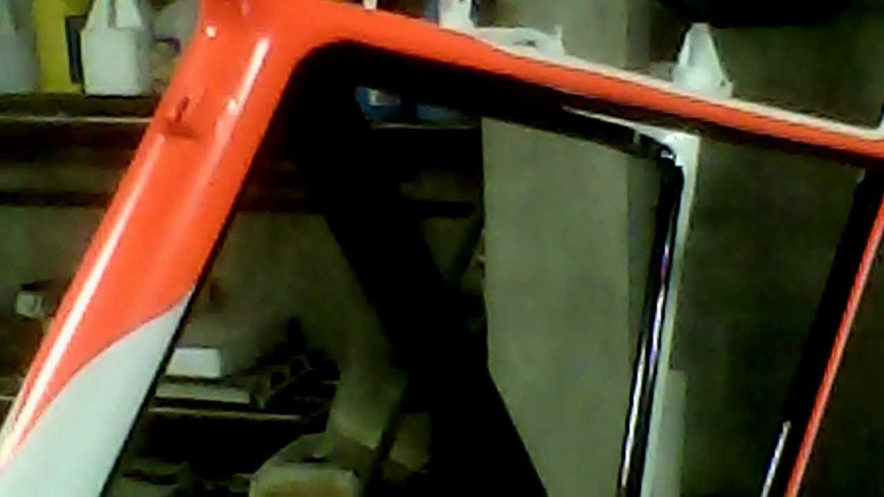 pintando un cuadro cannondale m700 - YouTube