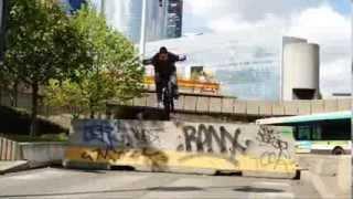 転載元は First BMX contest filmed with iPhones 4S! という動画です。...