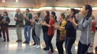 Día del Flamenco: Fundación Cristina Heeren a compás en Metro de Sevilla