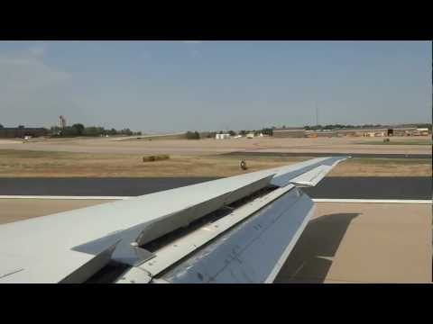 American Airlines MD-80 - Landing on runway 17L at Dallas-Fort Worth International