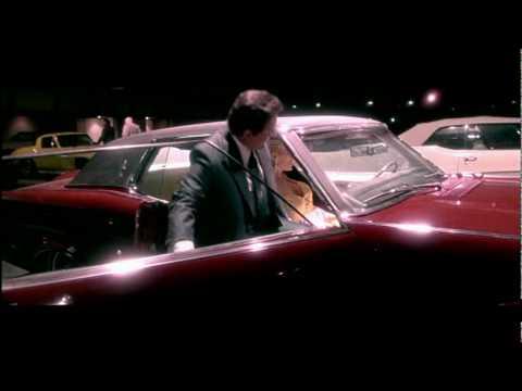Photo of Joe Pesci  - car