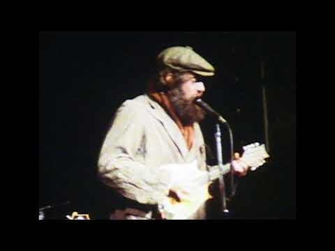 Jethro Tull Live US Tour October 1982 06 Aqualung Skit, Fat Man, One Brown Mouse