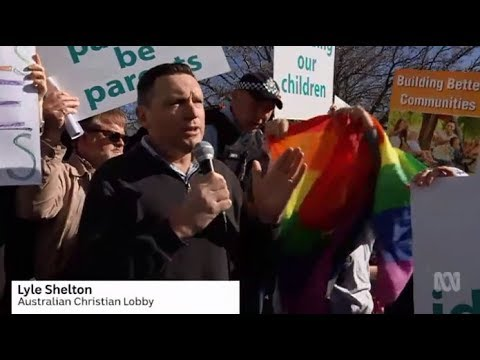 Anti & pro marriage equality groups clash in Canberra