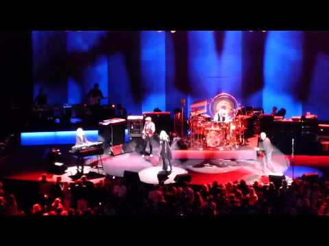 Fleetwood Mac - Tell Me Lies - Auburn Hills, MI - 10.22.14