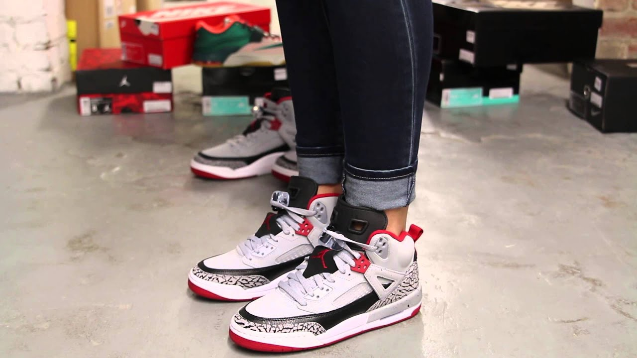 air jordan spizike on feet