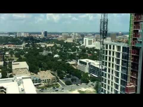 Downtown Austin - Spring Condominium - 2-bdr, 37th floor.