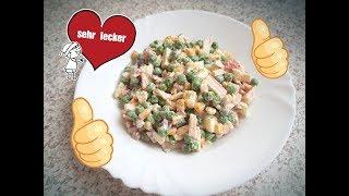 Очень вкусный салат с крабовыми палочками, кукурузой и зеленым горошком