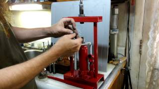 2 Ton Hydraulic Reloading Press By Wts