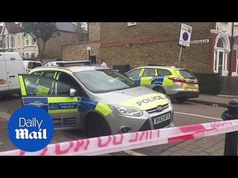 Badly burned body found at south-west London property - Daily Mail