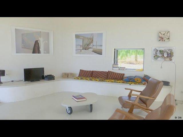 Art Van Coffee Tables