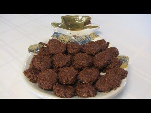 No Bake Chocolate Oatmeal Cookies -- Lynn's Recipes