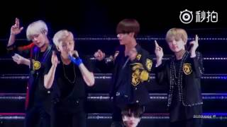 Video [FANCAM] [160702] BTS concert in Nanjing - Baepsae (Taehyung focus) download MP3, 3GP, MP4, WEBM, AVI, FLV Januari 2018