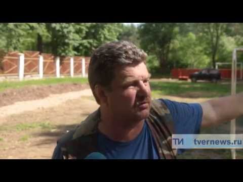 Директор школы в Тверской области делает ремонт на свои средства