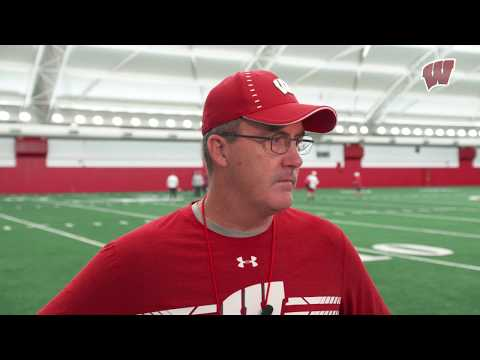 Wisconsin Badgers - Badgers turn the page from loss at Michigan, play Illinois Saturday