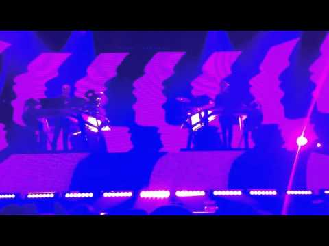 Disclosure - Willing & Able [feat. Kwabs] Manchester 28/11/15